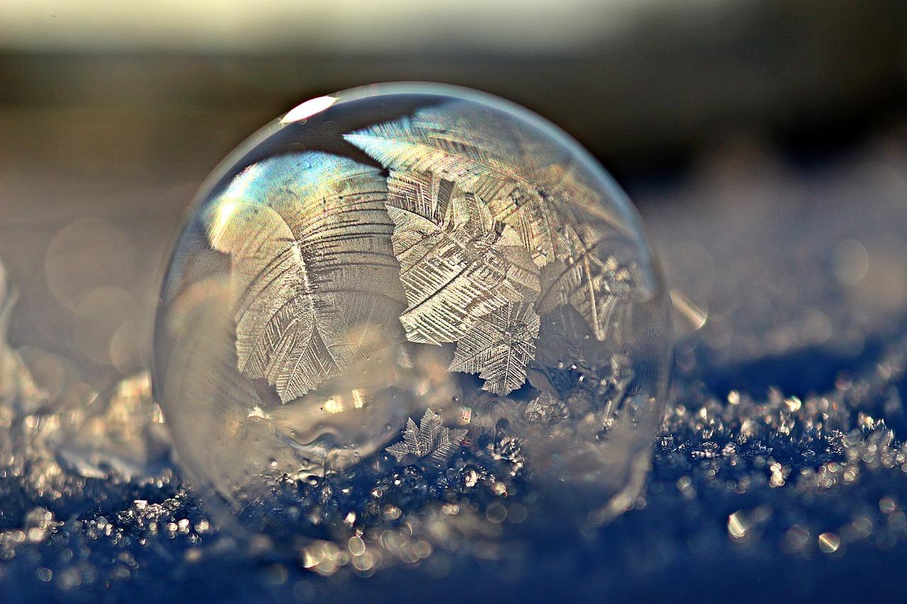 Hier het recept voor bevroren zeepbellen