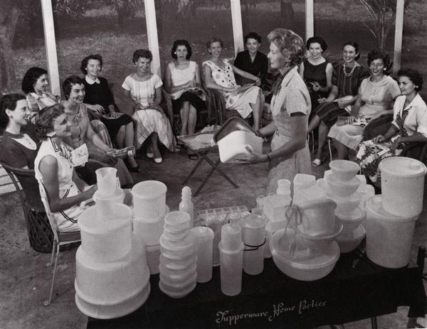 Waarom een Tupperware Party nooit uit de mode raakt